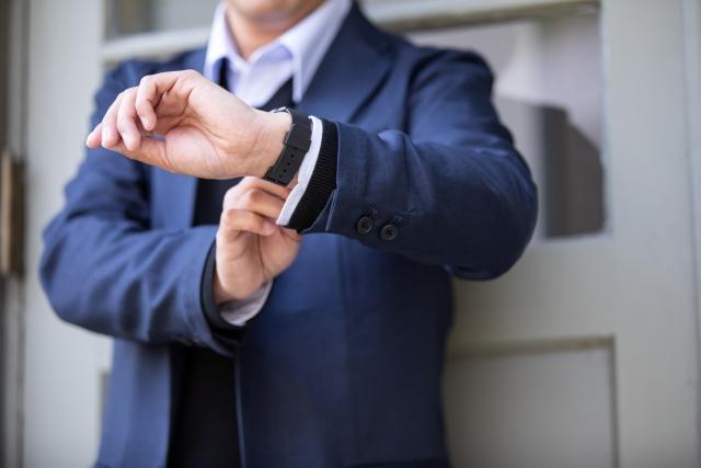 合掌の時の手の位置と姿勢などの所作